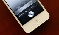 Η Apple μηνύει την Κινέζικη Κρατική Υπηρεσία Eυρεσιτεχνιών για τη Siri