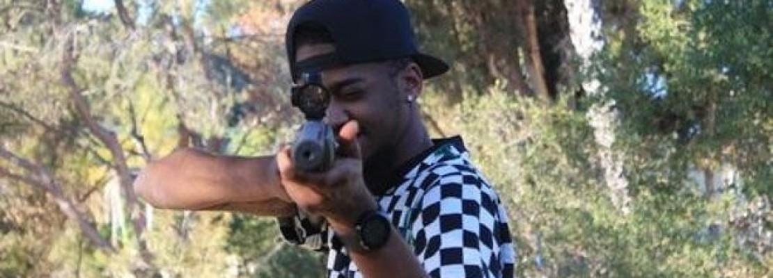 Σύλληψη στο Twitter -Υποσχέθηκε να πυροβολήσει κάποιον αν αναδημοσιεύσουν 100 φορές το μήνυμά του