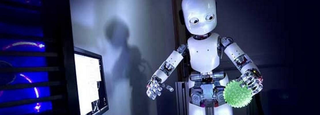 Μία στις δύο θέσεις εργασίας απειλούνται από ρομπότ και ηλεκτρονικούς υπολογιστές
