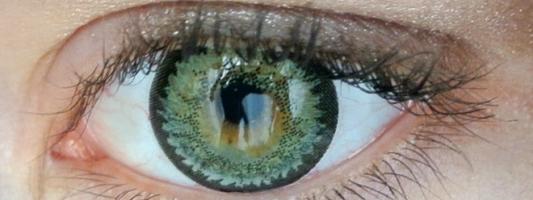 Φωτογραφίες με ένα… βλεφάρισμα: Πατέντα της Google για φακούς επαφής με κάμερα
