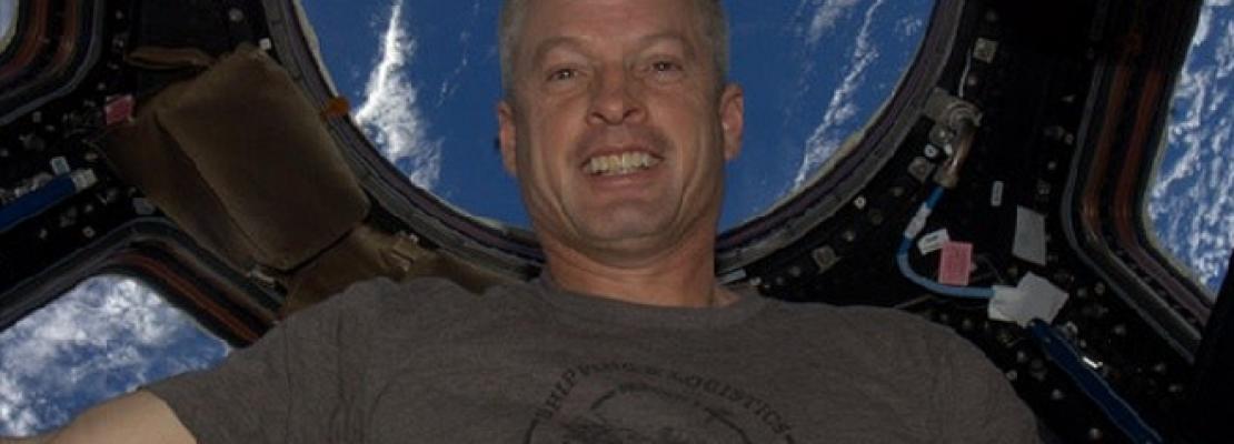Η πρώτη selfie από το διάστημα στο Instagram -Ο αστροναύτης που έκανε τη διαφορά