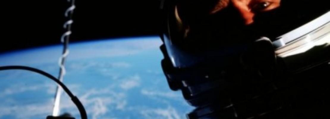 Ήταν αυτή η πρώτη selfie στο διάστημα; (φωτο)