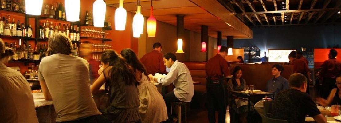 Εστιατόριο  αργούσε να εξυπηρετήσει τους πελάτες, εξαιτίας της χρήσης… smartphones