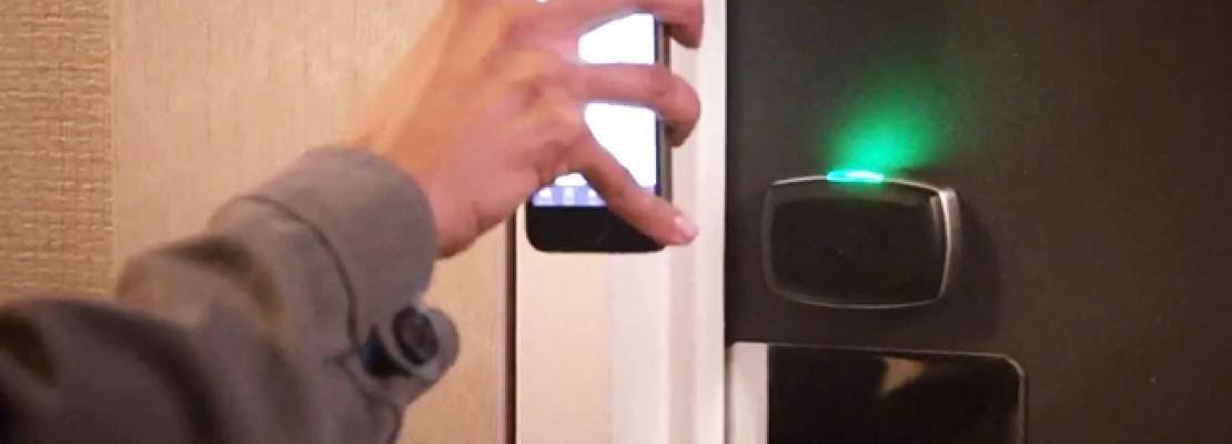Χρησιμοποιήστε το κινητό σας αντί για το κλειδί δωματίου κατά τη διαμονή στο Χίλτον