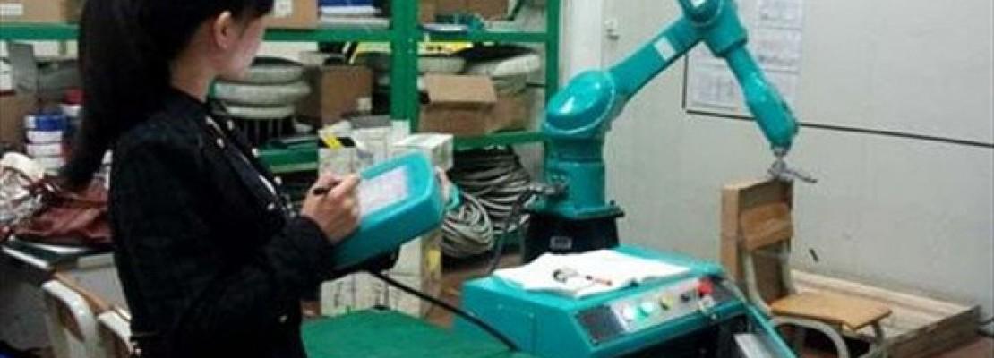 Κινεζική εταιρεία ετοιμάζεται να αντικαταστήσει τους εργαζομένους της με 10.000 ρομπότ