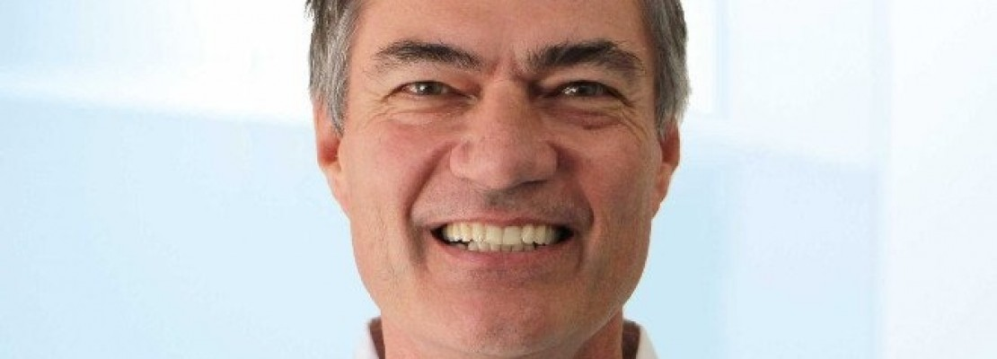 Tζόε Κοστέλο : Παραλίγο να γίνει CEO στην Apple, την Yahoo και την Google