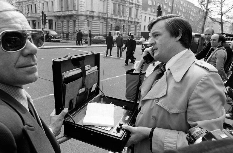 mobile-phones-1980.jpg