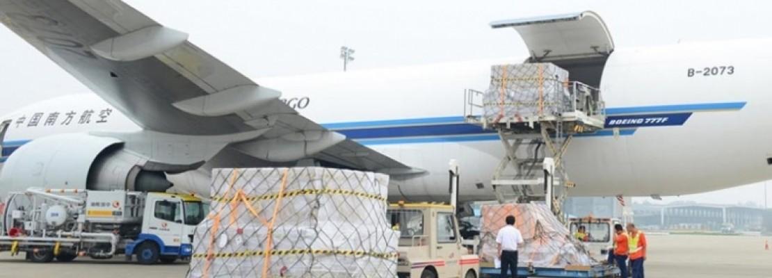 Αεροπλάνο φορτωμένο με 93 τόνους iPhones σε κοντέινερς ταξίδεψε για τις ΗΠΑ