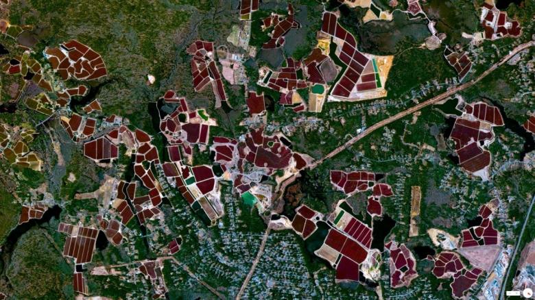 satellite-11.jpg