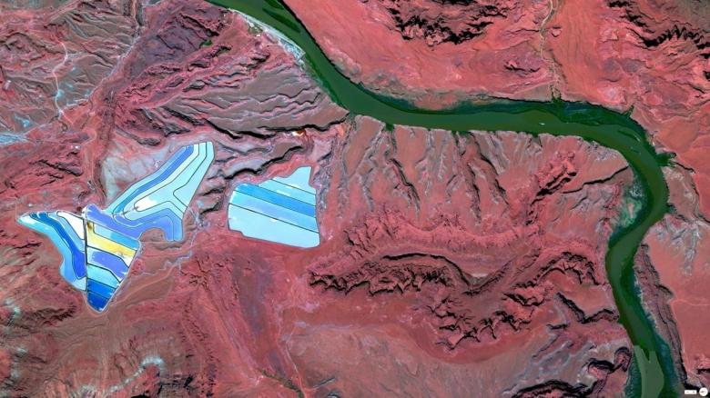 satellite-21.jpg