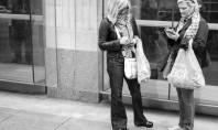Η συζήτηση πέθανε με τα smartphones – Φωτογράφος «ξεγυμνώνει» την τεχνολογία (PHOTOS)