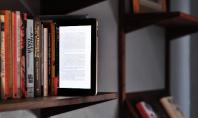 Τα βιβλία «κερδίζουν» τα e-readers