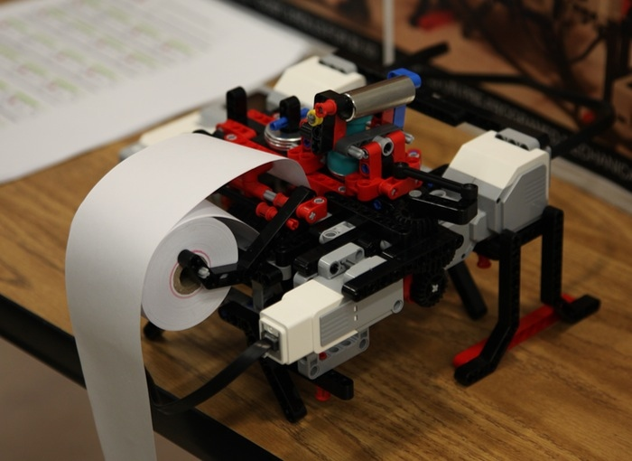 lego-braille-printer1.jpg
