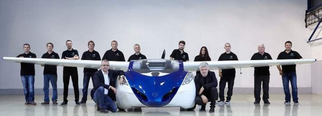 Αυτό είναι το απίθανο ιπτάμενο αυτοκίνητο που θα κυκλοφορήσει από το 2017
