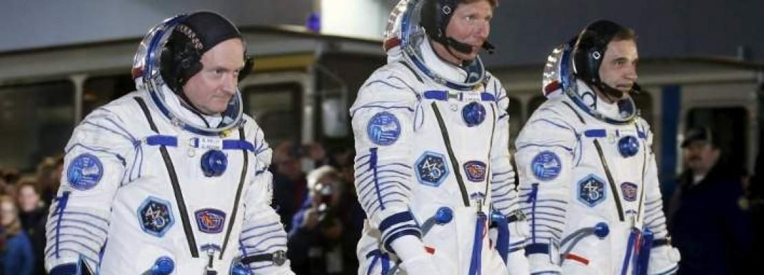 Ιστορική αποστολή της NASA -Εφυγαν οι πρώτοι άνθρωποι που θα μείνουν στο Διεθνή Διαστημικό σταθμό ένα χρόνο