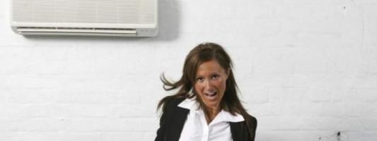 Γιατί οι γυναίκες κρυώνουν πιο πολύ με το air condition – Τι έδειξε νέα επιστημονική έρευνα