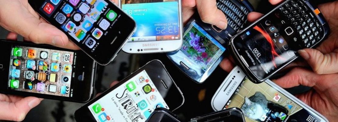 Το κινητό που θα φορτίζει μόνο μία φορά την εβδομάδα