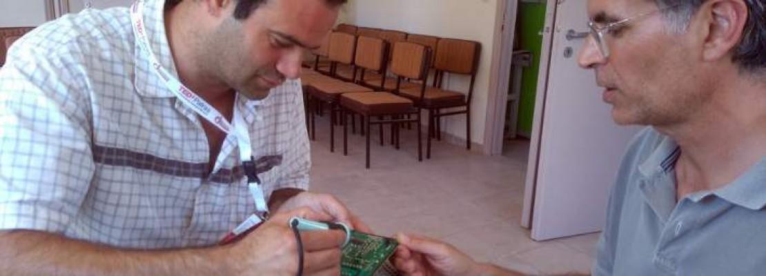 Ανοιξε τo πρώτο Repair Cafe: Πίνεις τον καφέ σου και ανακυκλώνεις χαλασμένες συσκευές