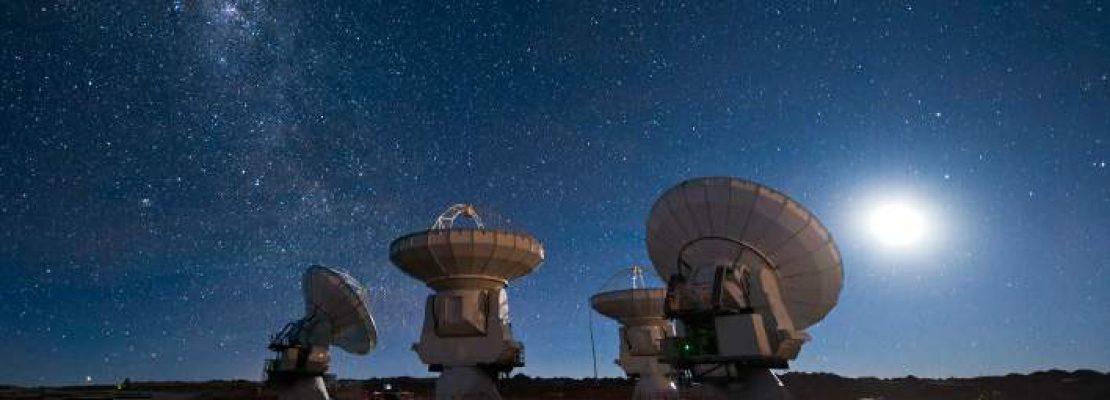Δύο αστρονόμοι ισχυρίζονται ότι εντόπισαν 234 εξωγήινους πολιτισμούς
