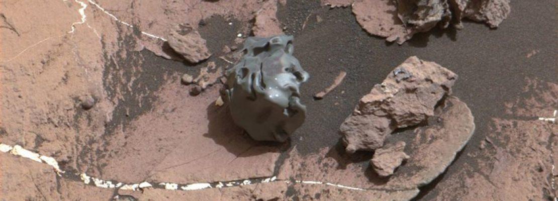 Έναν περίεργο σιδερένιο μετεωρίτη ανακάλυψε στον Άρη το Curiosity