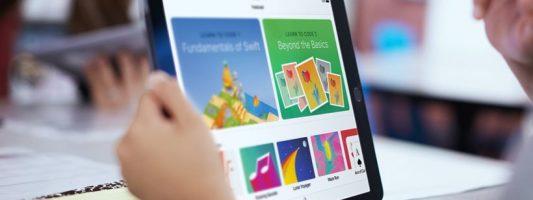 Apple: Προετοιμάζει μελλοντικούς προγραμματιστές με μια δωρεάν εφαρμογή σε παιδιά