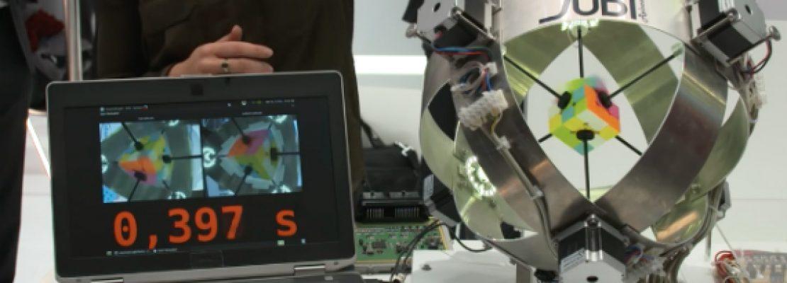 Ρομπότ λύνει τον Κύβο του Ρούμπικ σε 0.6″