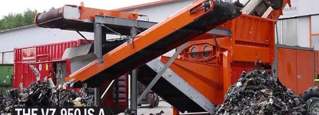 Το μηχάνημα που «καταπίνει» αυτοκίνητα και τα κάνει κομματάκια