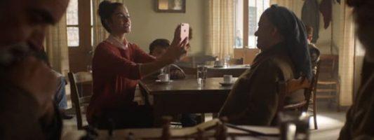 Ένα ελληνικό χωριό «πρωταγωνιστεί» στη νέα διαφήμιση της Apple