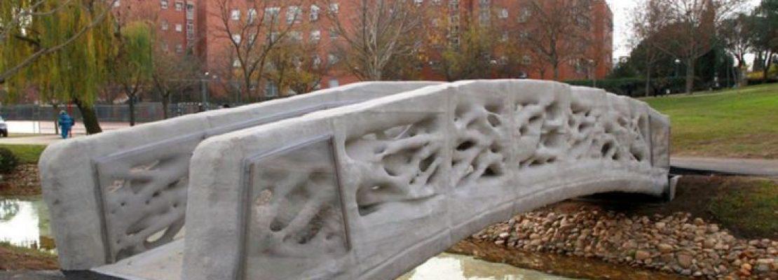 Η πρώτη 3D πεζογέφυρα στον κόσμο είναι γεγονός