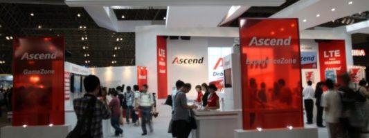 Huawei: Ο πόλεμος με την Apple «βαρίδι» για τα κέρδη