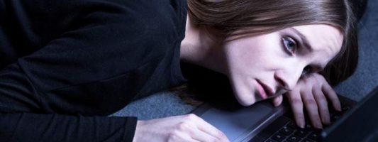 «Μπλε φάλαινα», το νέο διαδικτυακό παιχνίδι που σκορπά τον θάνατο -Προειδοποίηση και για την Ελλάδα