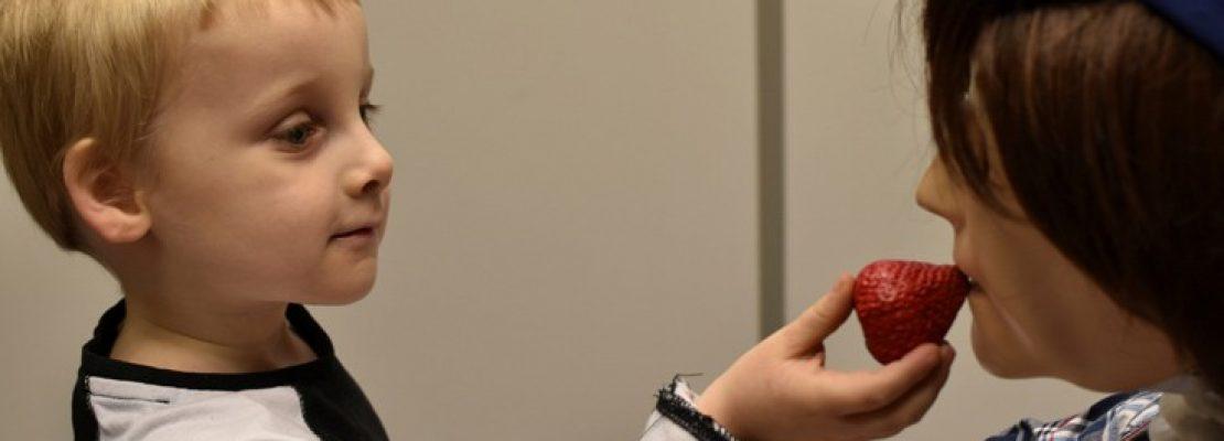 Ο Κάσπαρ το ρομπότ βοηθά παιδιά με αυτισμό