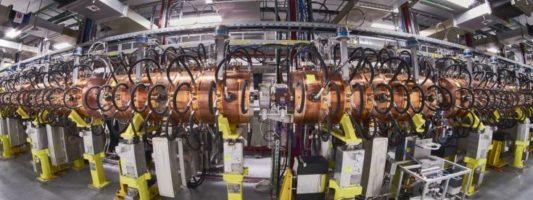Το CERN εγκαίνιασε νέο γραμμικό επιταχυντή