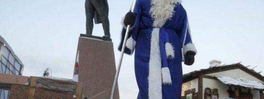 Ο «Παππούς Χιονιάς» παίζει στα ίσια τον Πούτιν στα social media