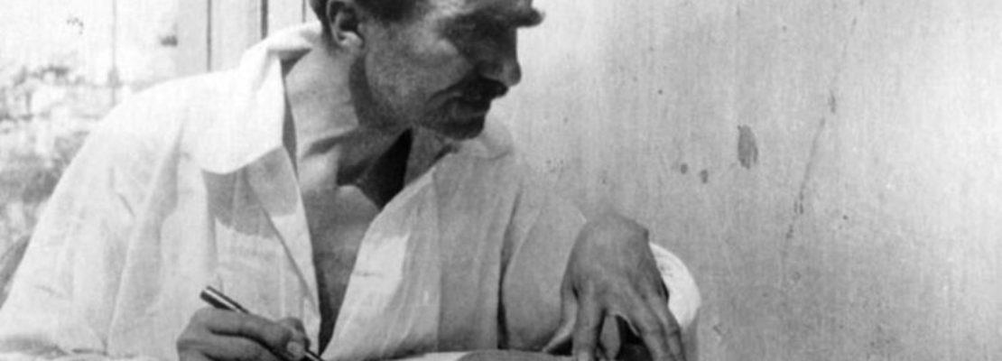 Η αμήχανη στιγμή που αναγκάζεσαι να ενημερώσεις πως ο Καζαντζάκης έχει πεθάνει