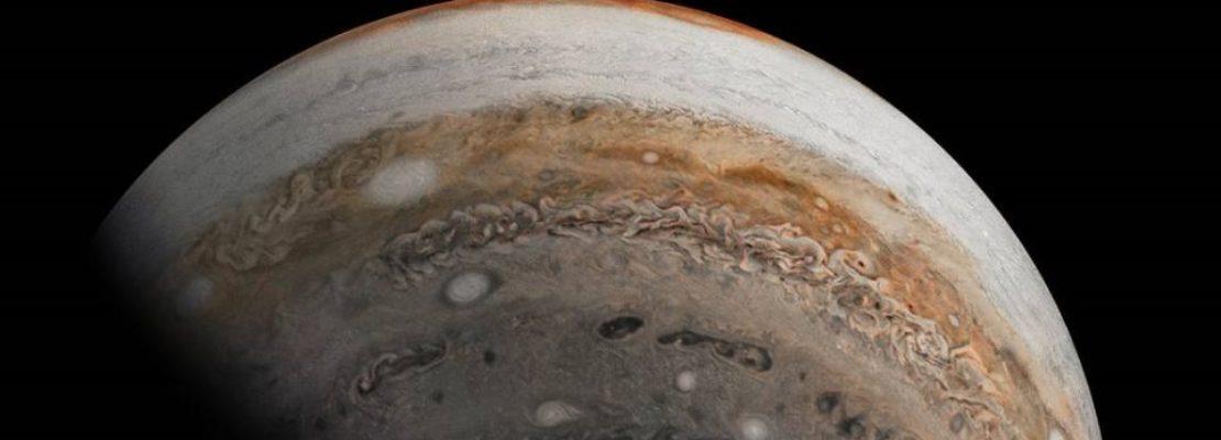 NASA: Εκπληκτική φωτογραφία του πλανήτη Δία από το Juno