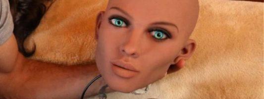 «Τρίο» με εικονικά σεξορομπότ; – Η προηγμένη τεχνολογία φέρνει μία νέα σεξουαλική επανάσταση