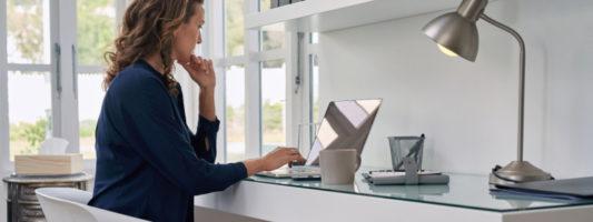 Εργασία από το σπίτι λόγω κορωνοϊού: 5 τρόποι για να είστε αποδοτικοί