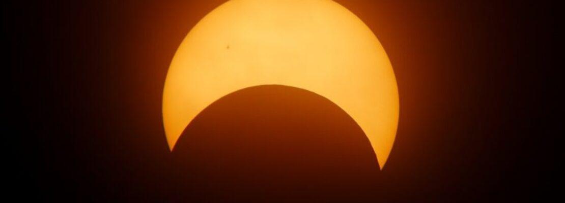Δακτυλιοειδής έκλειψη Ηλίου την Κυριακή, θα είναι ορατή και στην Ελλάδα