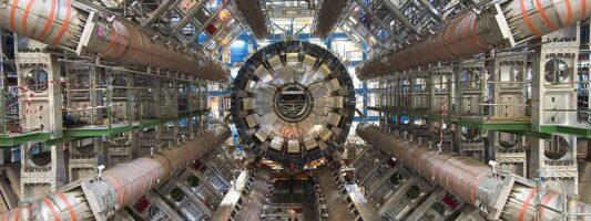 CERN: Εγκρίθηκε η κατασκευή ενός νέου γιγάντιου υπερ-επιταχυντή 100 χλμ