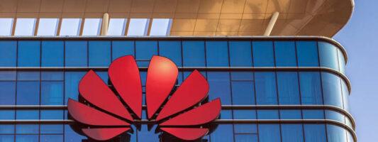 Oxford Economics: Πιθανός αποκλεισμός της Huawei από την Ευρώπη θα προκαλέσει οικονομικές απώλειες δισεκατομμυρίων