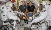 Επιστρέφει στη γη η κάψουλα Dragon της SpaceX