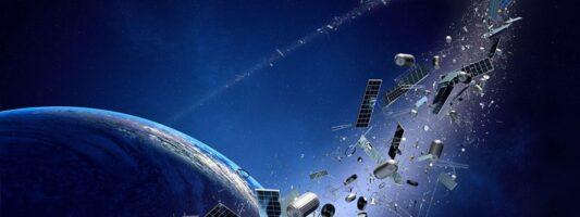 Πιθανή σύγκρουση δορυφόρων θα γεμίσει με «διαστημικά σκουπίδια» την τροχιά της Γης