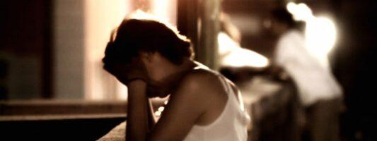 Έρευνα: Οι άνθρωποι με ΔΕΠΥ βουλιάζουν ευκολότερα στα χρέη και συχνότερα αυτοκτονούν εξαιτίας τους