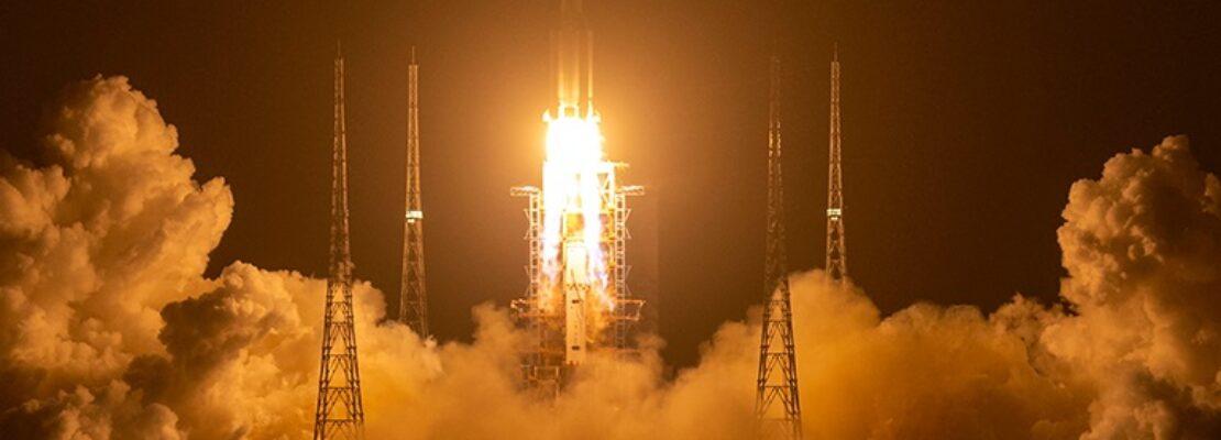 Το σκάφος Chang'e 5 της Κίνας προσεδαφίστηκε στη Σελήνη