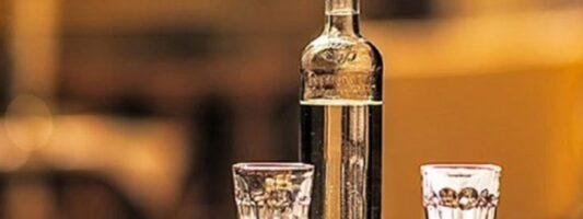 Έρευνα: Το lockdown αυξάνει την υπερβολική κατ' οίκον κατανάλωση αλκοόλ