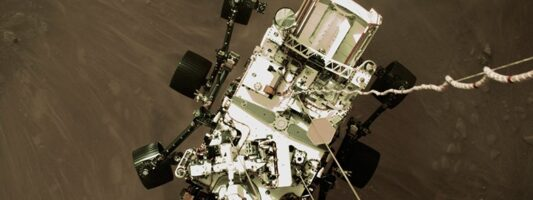 Στη δημοσιότητα το πρώτο βίντεο της προσεδάφισης του ρομποτικού ρόβερ Perseverance στον Άρη