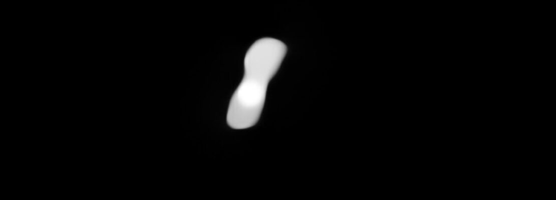 Η καλύτερη φωτογραφία της «Κλεοπάτρας», του αστεροειδούς που μοιάζει με τεράστιο κόκαλο σκύλου